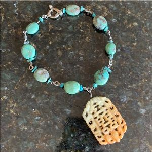 Jewelry - 🌟Chunky Turquoise Stone Necklace w Carved Jade🌟